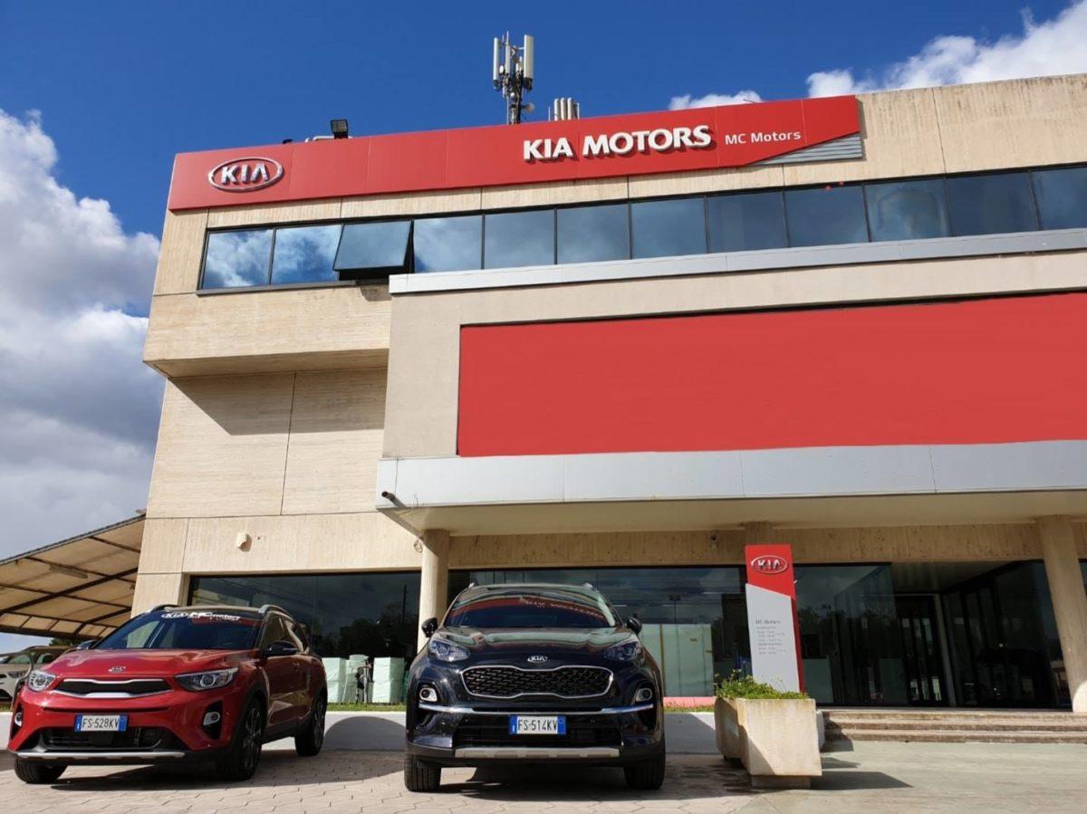 mc-motors-kia-lecce-lorenzo-falangone-comunicazione